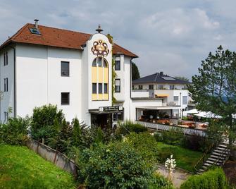 Hotel am Sonnenhang - Kassel - Edificio