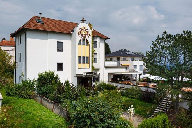 Hotel am Sonnenhang - Kassel - Toà nhà