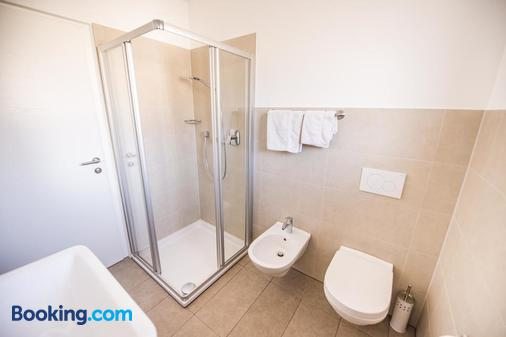 Weinberg Apartments - Castelrotto - Bathroom