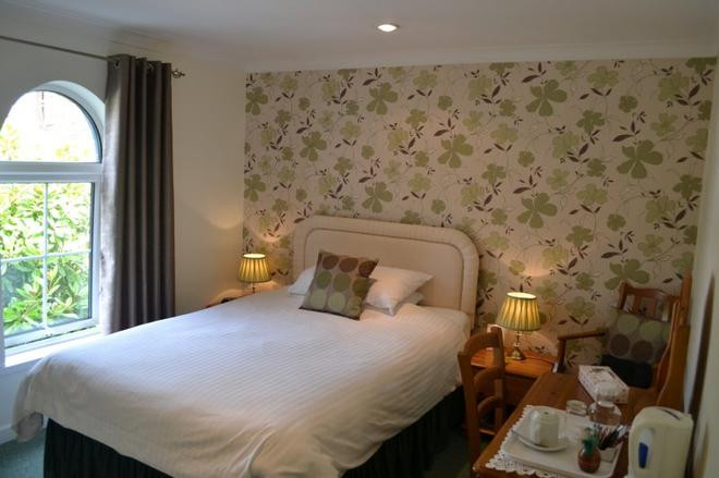Websters Bed & Breakfast - Salisbury - Bedroom