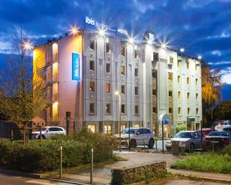 ibis budget Chilly-Mazarin Les Champarts - Chilly-Mazarin - Building