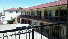 Avondale Motor Inn - Auckland - Balcón