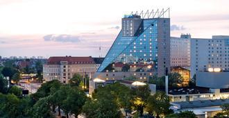 Estrel Berlin - ברלין - בניין