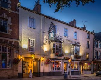 The Three Swans Hotel - Market Harborough - Building