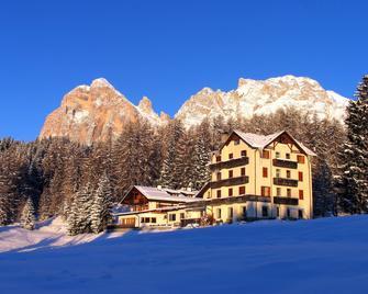 Sport Hotel Pocol - Cortina d'Ampezzo - Building