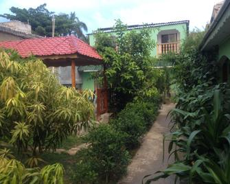 My Auberge Inn Jacmel - Жакмель - Outdoors view
