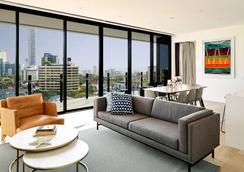 The Johnson Brisbane - Art Series - Brisbane - Living room
