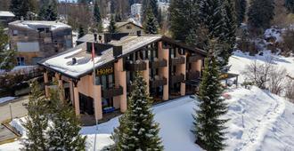T3 Hotel Mira Val - Flims - Gebäude