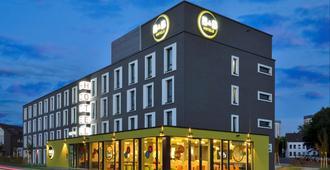 B&B Hotel Mülheim an der Ruhr - מולהיים אן דר רוהר - בניין