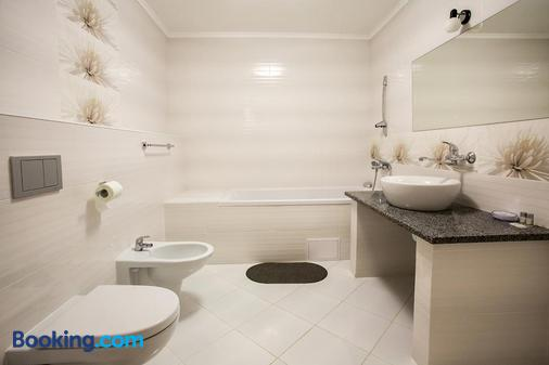 Mini Gotel Pozitiv - Uman' - Bathroom