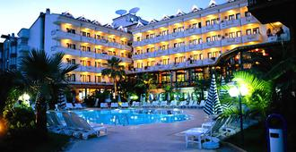Club Hotel Pineta - Marmaris