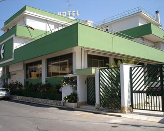 Esperia - Casamassima - Building