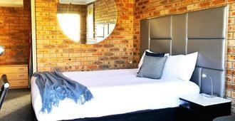 Country Capital Motel - Tamworth - Bedroom