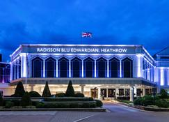 Radisson Blu Edwardian Heathrow Htl - Hayes - Rakennus