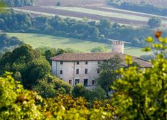 Castello di Baccaresca - Gubbio - Gebouw