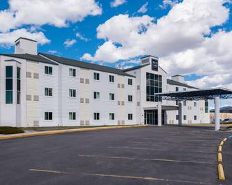 Red Lion Inn & Suites Butte - Butte - Gebäude