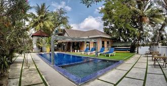 Salty River Resort - Kampot - Pool