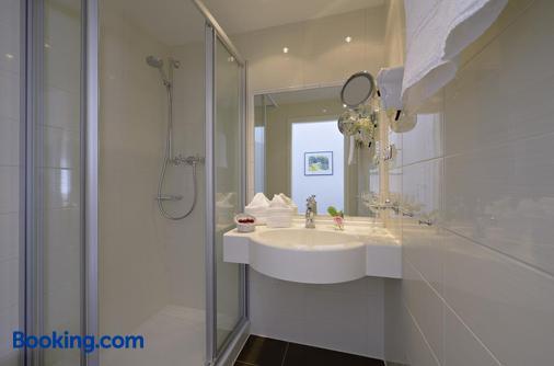Hotel Polar-Stern - Kuehlungsborn - Bathroom