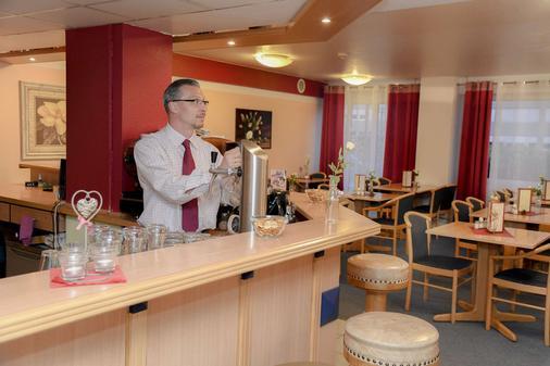 Best Western Comfort Business Hotel - Neuss - Baari