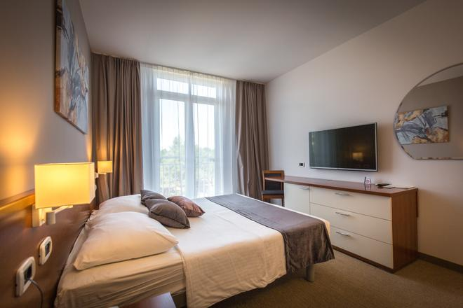 Arena Hotel Holiday - Medulin - Chambre