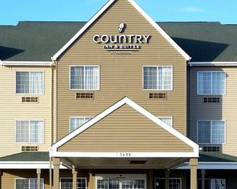 Country Inn & Suites by Radisson, Watertown, SD - Watertown - Gebäude