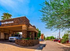 Best Western Tucson Int'l Airport Hotel & Suites - Tucson - Building