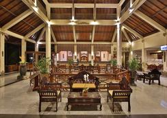 The Jayakarta Lombok Hotel & Spa - Mataram - Σαλόνι ξενοδοχείου