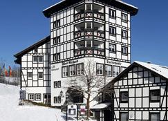 Dorint Hotel & Sportresort Winterberg/Sauerland - Winterberg - Gebäude