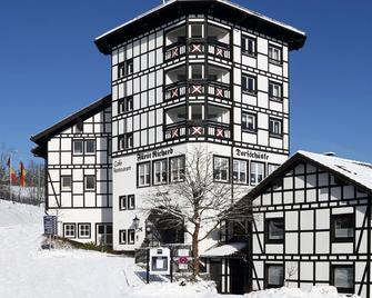 Dorint Hotel & Sportresort Winterberg/Sauerland - Winterberg - Building