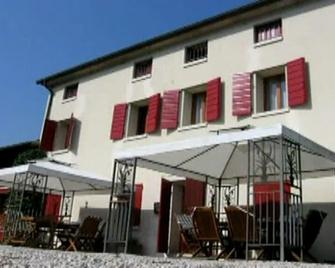 B&B Pleris - Asolo - Building
