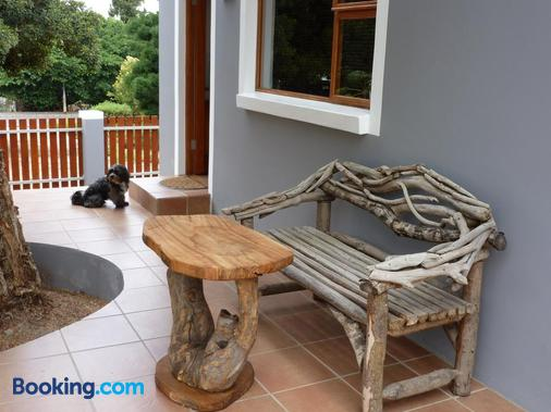 Marula Lodge Guesthouse - Swellendam - Building