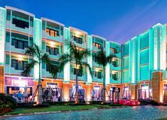 Wave Hotel Pattaya - Πατάγια - Κτίριο