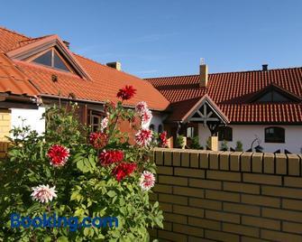 Siedlisko Leszczewek - Leszczewek - Building