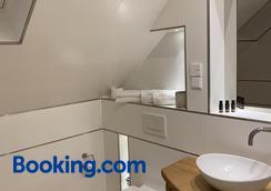 Hotel Inselhof - Malchow - Bathroom