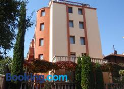 Family Hotel Saint Iliya - Burgas - Budynek