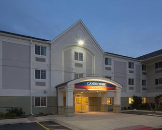 Candlewood Suites Peoria at Grand Prairie - Peoria - Building