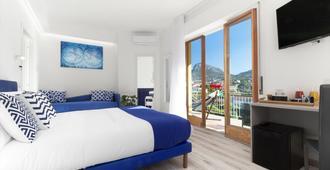 席洛可套房飯店 - 聖安涅羅 - 臥室