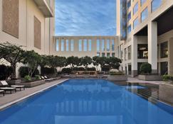 Jaipur Marriott Hotel - Jaipur - Uima-allas