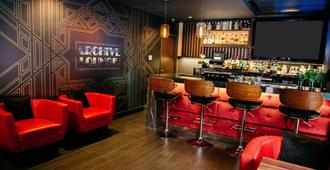 Blvd Hotel & Suites-Walking Distance To Hollywood Walk Of Fame - לוס אנג'לס - בר