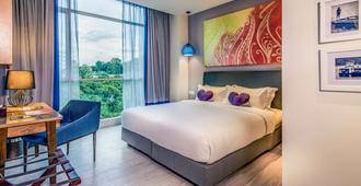 京那巴魯市中心美居酒店 - 亞庇 - 臥室