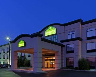Wingate by Wyndham Cincinnati Airport/Erlanger - Erlanger - Building