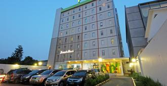Pop! Hotel Tebet Jakarta - Jakarta