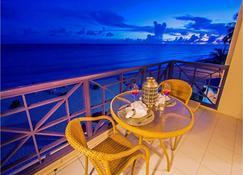 Infinity On The Beach - Дувр - Балкон