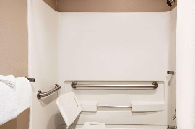 杜蘭戈速 8 酒店 - 杜朗哥 - 杜蘭戈(科羅拉多州) - 浴室