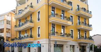 Hotel Villa Venezia - Grado - Rakennus