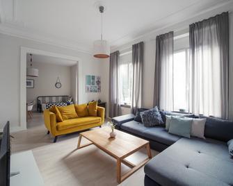 City Apartments Siegburg - Siegburg - Wohnzimmer