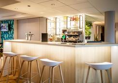 貝斯特韋斯特瓦納普拉斯中央酒店 - 瓦訥 - 瓦訥 - 酒吧