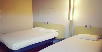 ibis budget Arles Palais des Congrès - Arles - Bedroom