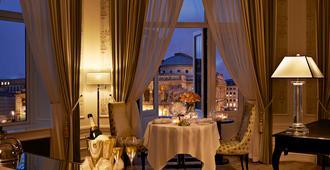 Hotel d'Angleterre - Copenhagen - Bedroom