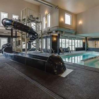 Home Inn & Suites Saskatoon South - Saskatoon - Hotelausstattung